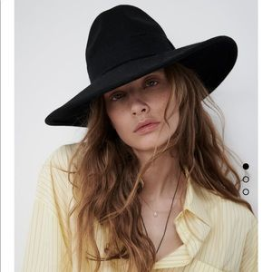 Zara Black Wide Brimmed Wool Hat